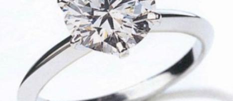 Juwelier zet wereldrecord met ring