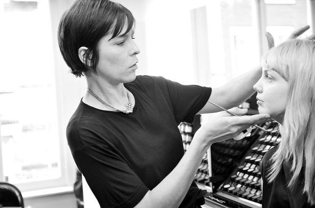 Exclusief: High class make-up tips van Lyne Desnoyers