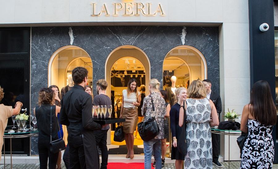 Opening van La Perla bij ons in de P.C.