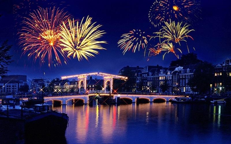 Glamourland Amsterdam vuurwerk