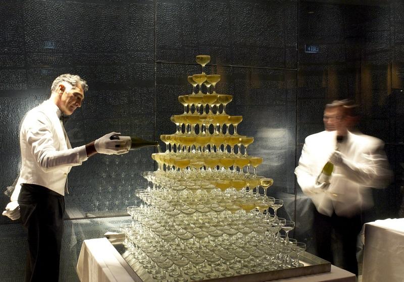 Glamourland Champagnetoren