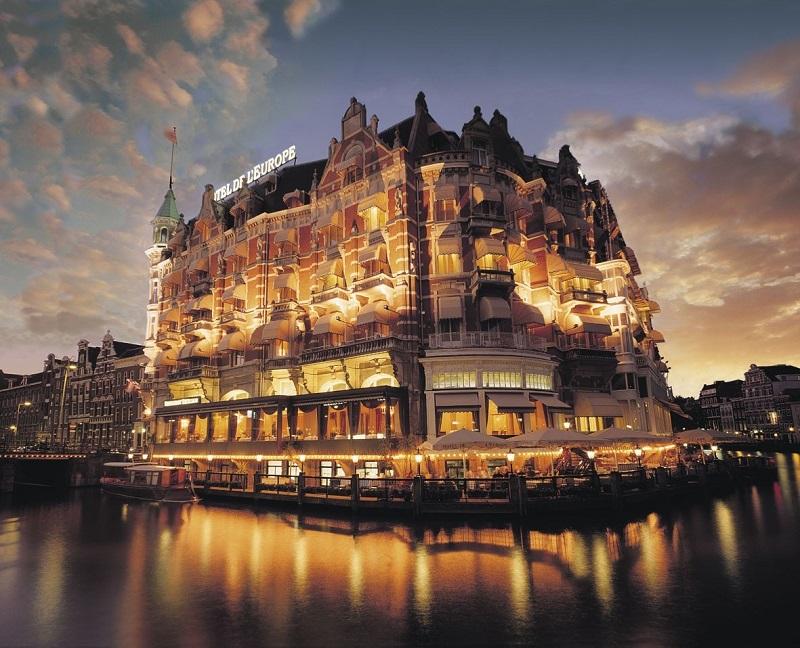 Glamourland De L'Europe hotel