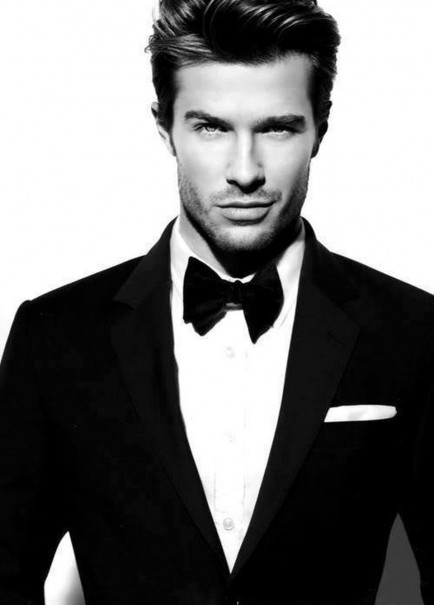 Glamourland black tie model