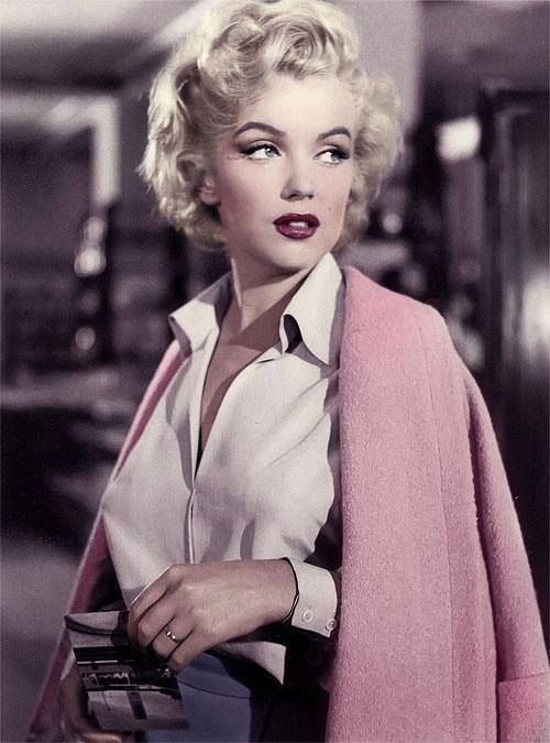 Marilyn Monroe springlevend bij Max Factor