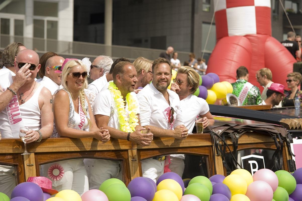Glamourland Gay Pride Carlo