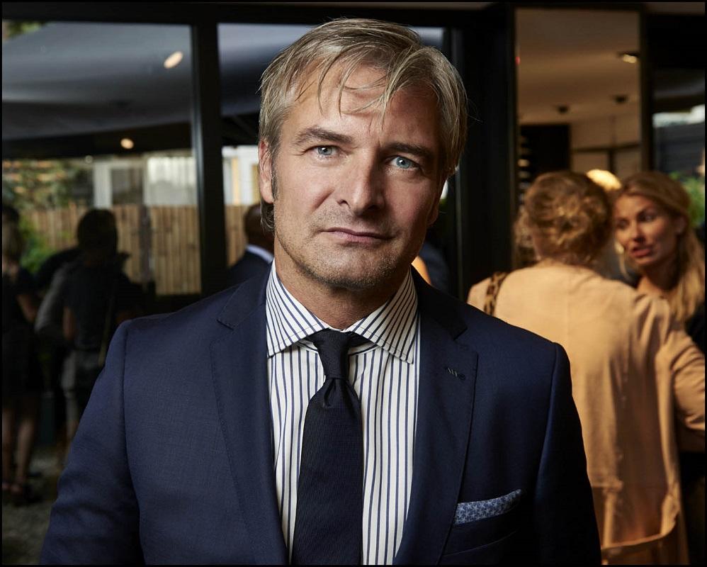 Glamourland Victor Reinier Van Gils