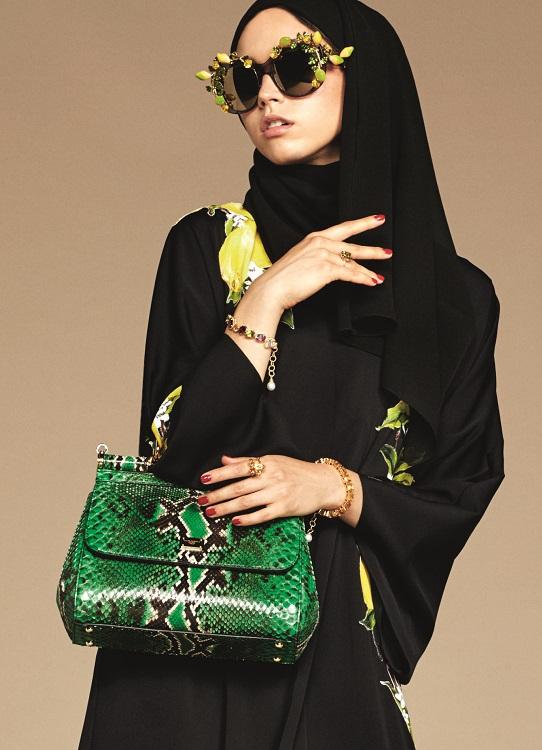 Glamourland Dolce Gabbana hijabs abayas (13)
