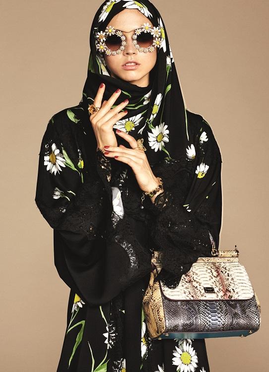 Glamourland Dolce Gabbana hijabs abayas (15)