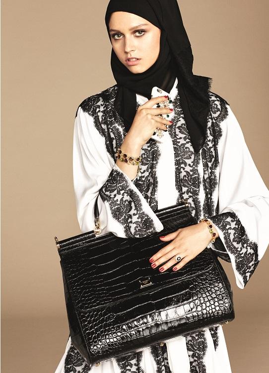 Glamourland Dolce Gabbana hijabs abayas (17)