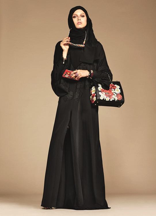 Glamourland Dolce Gabbana hijabs abayas (3)