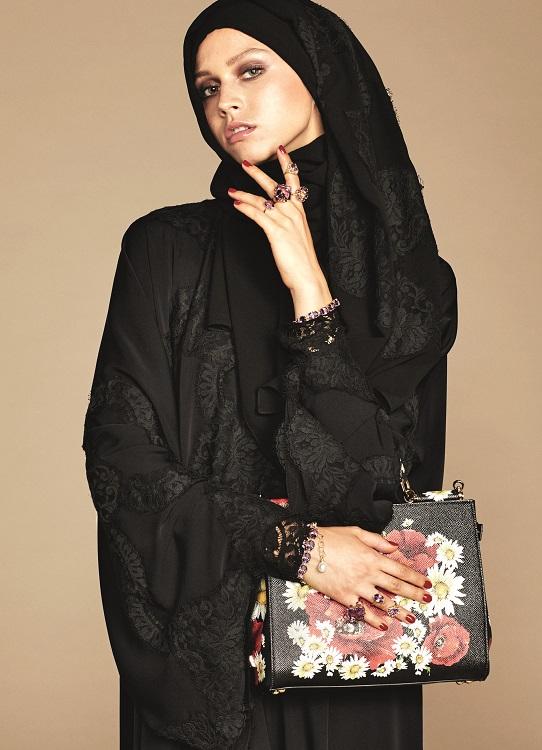Glamourland Dolce Gabbana hijabs abayas (4)