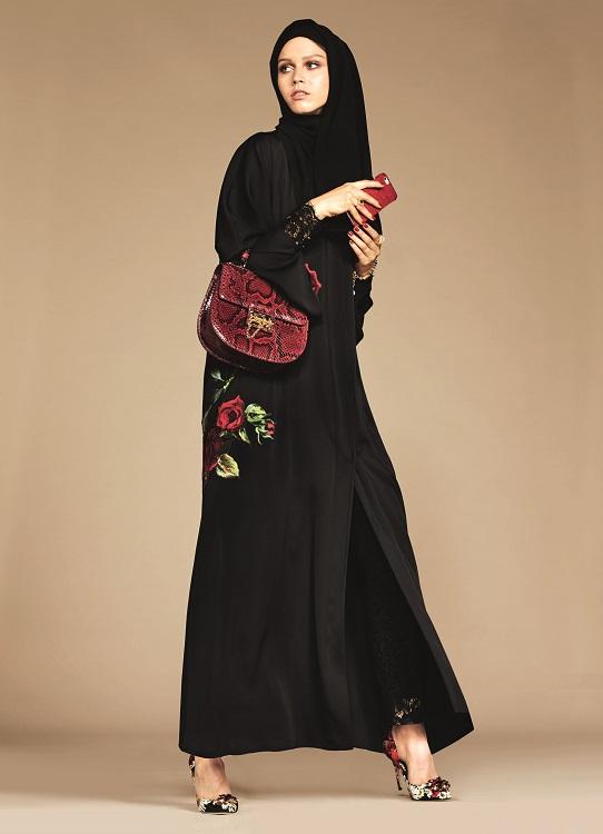 Glamourland Dolce Gabbana hijabs abayas (7)