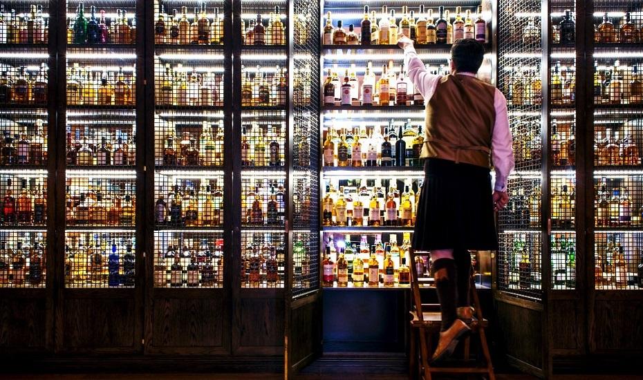 Glamourland-Whisky-bar