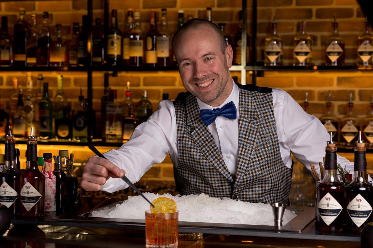 Niels van Horssen - head bartender