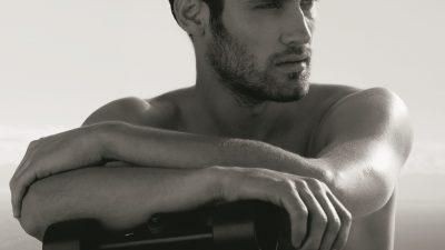 Mooie mannen alert! De nieuwe Chanel Sport campagne