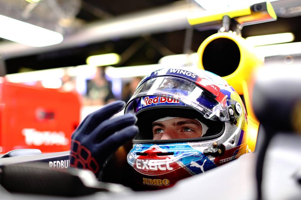 18-jarige Max Verstappen nu al zesde van de wereld