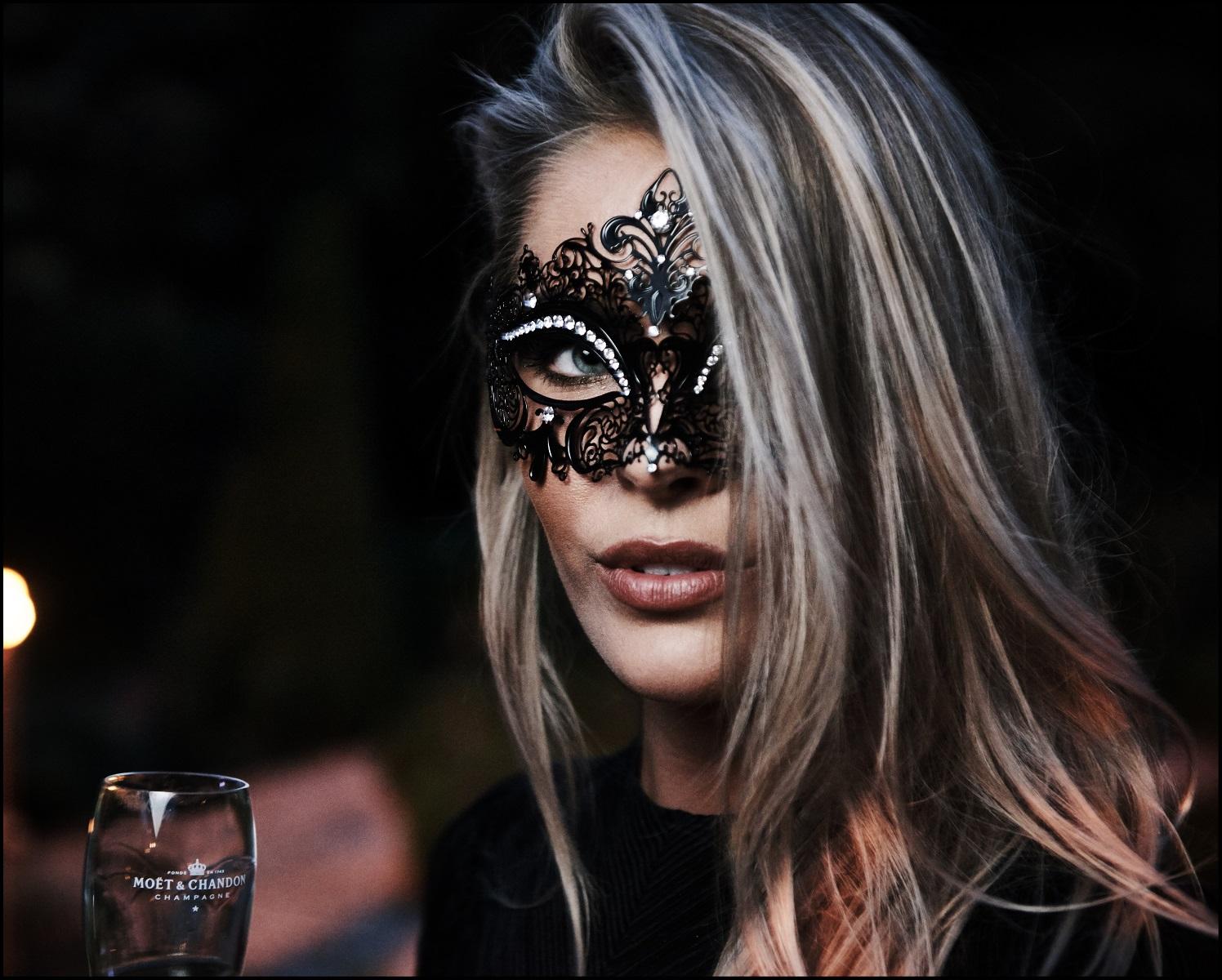 Gemaskerde BN'ers: Het Moët et Chandon Masquerade Ball