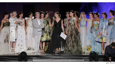 Nederlands trots: Addy van den Krommenacker wint Primo Moda Award in Venetië