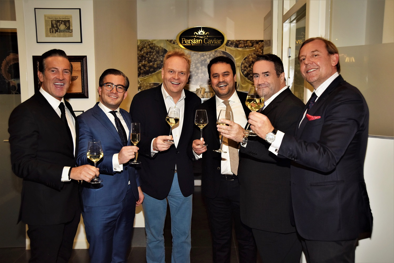 Vijf ambassadeurs, zes Michelinsterren: Feestelijke inhuldiging Persian Caviar