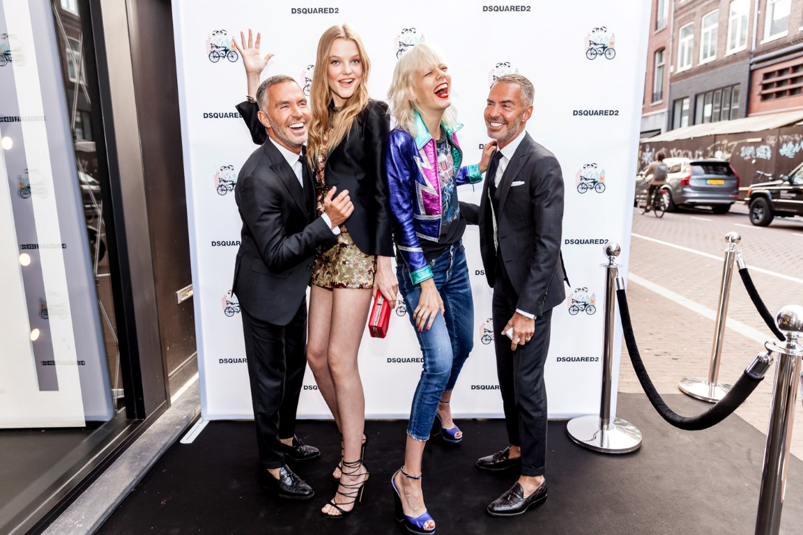 Dsquared2_Glamourland_Dean & Dan, Roos Abels (left) Marjan Jonkman (right)