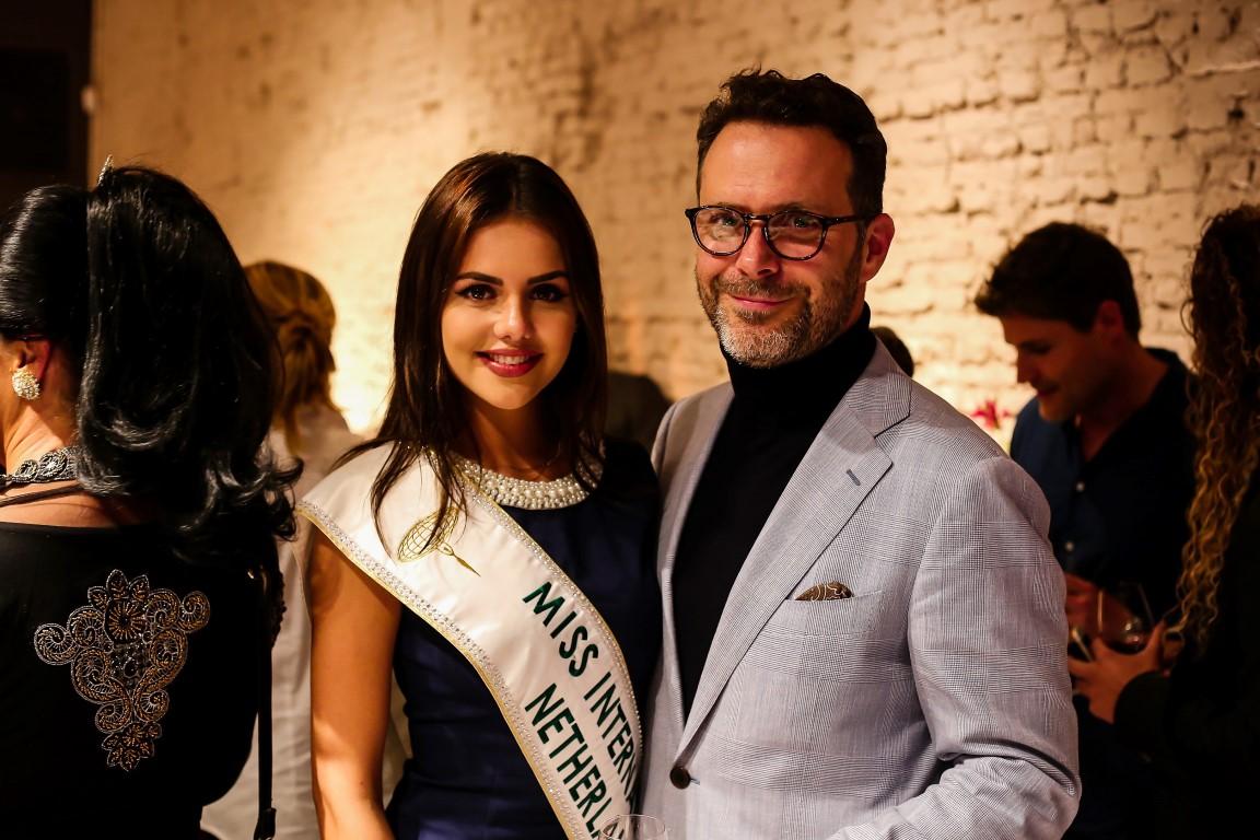 Grand Opening Delilah Cosmetics Amsterdam – Nathalie Mogbelzada en Delilah co-founder Rupert Kingston 1