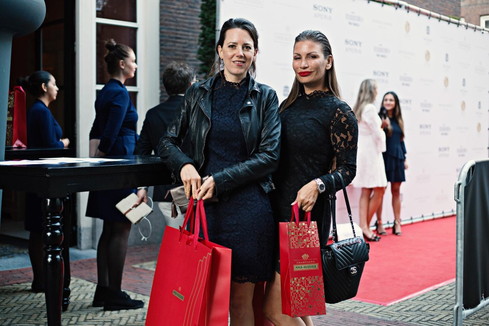 Piper-Heidsieck Leading Ladies Awards - Saskia van Zee en Kim Liebregts (directie Tesla) - Dutch Global Media