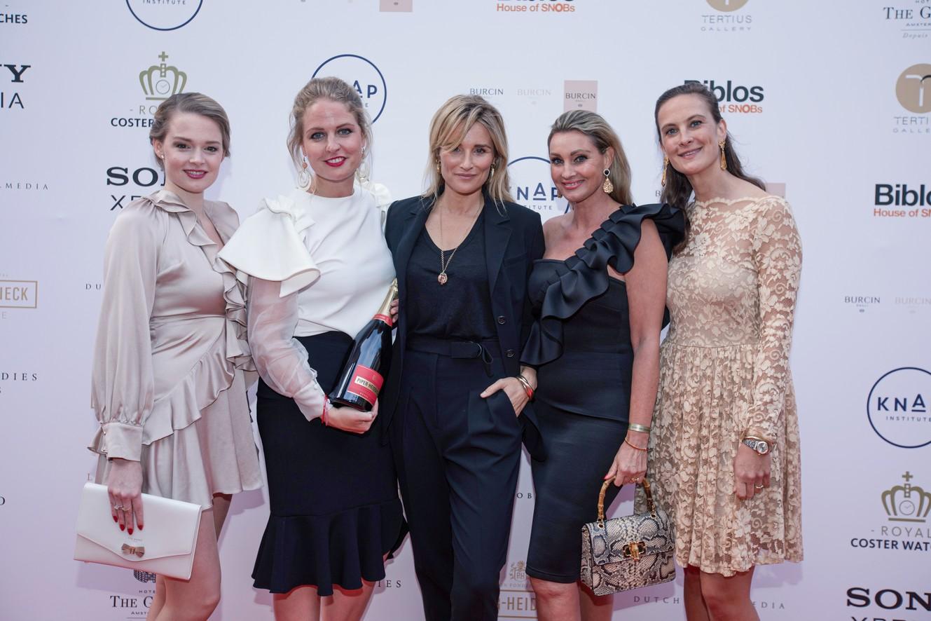 3.-Piper-Heidsieck-Leading-Ladies-Awards-Erieke-Kuitert-Roxanne-Pinckers-Lieke-van-Lexmond-Anne-Marie-v-Leggelo-Sonia-Festetics