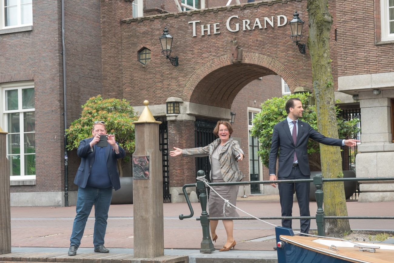Ontvangst-The-Grand